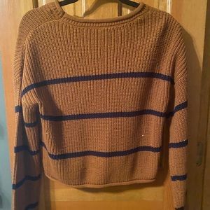 Stripped scooped neck sweater